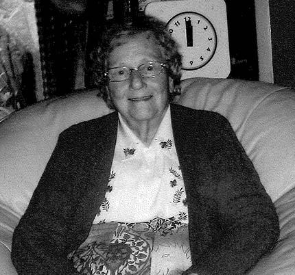 Hilda Oakes, UK